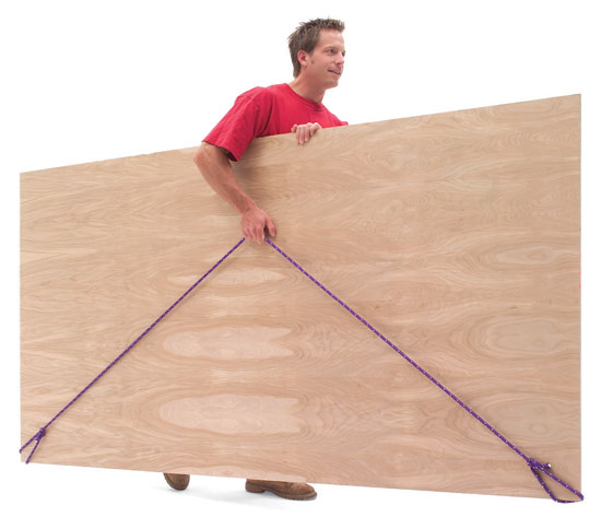Working Alone With Plywood Por