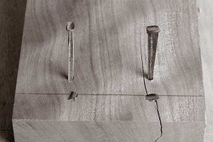 The taper of a cut nail can work for you or against you. If you align the taper so that the two tapered sides bite into end grain (left) then your nail will hold well. If you align the taper so that the two tapered sides bite into face grain, your wood is likely to split – even with a pilot hole.