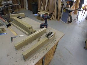 How to Make an Easy Sawhorse