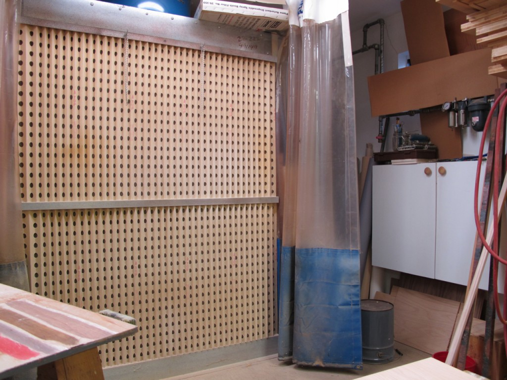 My spray booth is similar except that I use curtains for the sides or the tunnel instead of steel walls