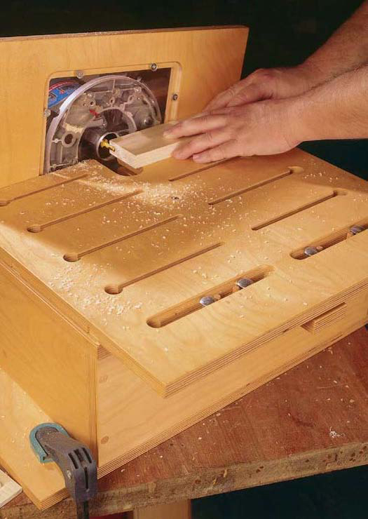 Note to self: Download this free tutorial for building a router table free at PopularWoodworking.com.