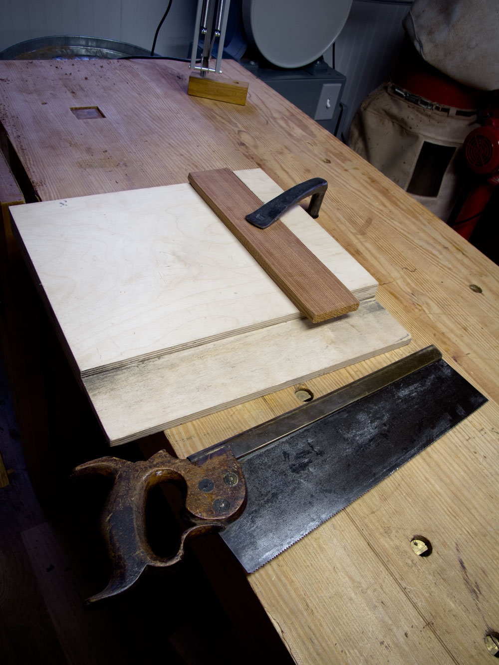 Where To Put Holes For Holdfasts One Man S Opinion Popular Woodworking Magazine